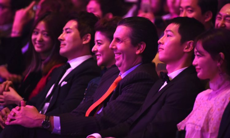 Ambassador Mark Lippert attends the 2016 Seoul International Drama Awards.