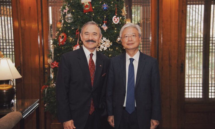 Ambassador Harry Harris Meets South Korean Ambassador to the U.S. Cho Yoon-je
